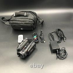 Canon HV40 HDV HDMI Camcorder with Carrying, cords, Power Supply and Remote