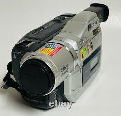 Sony Dcr-trv820 Digital 8 Hi-8 Handycam Camcorder With Power Supply As Is